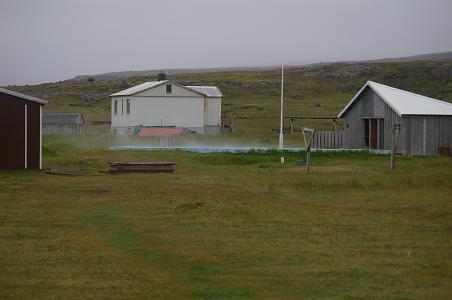 heißes Schwimmbad in Reykjarfjörður
