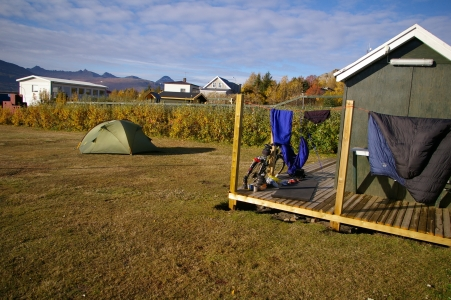 Camping in Breidalsvík