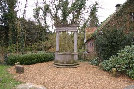 Stechinelli-Brunnen