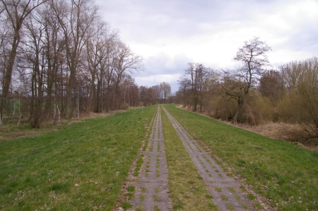 Betonplattenradweg