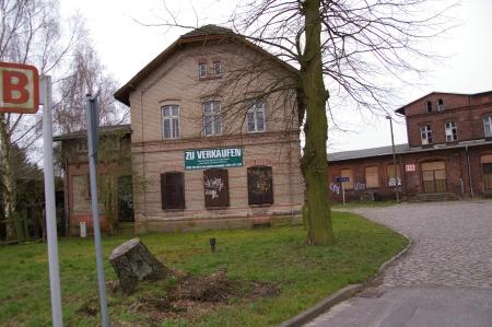 kompletter alter Bahnhof zu verkaufen