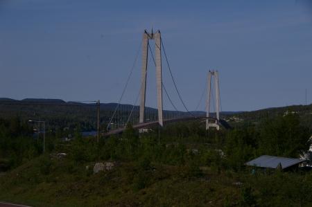 Die Brücke hebe ich mir für Morgen auf