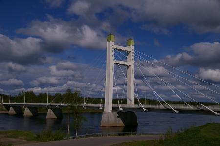 Die Brücke über den Torneälven
