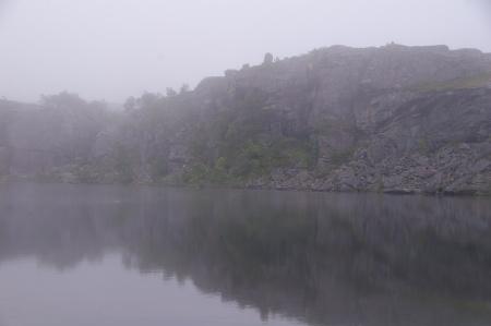 Morgennebel am Camp an der E10 Richtung Narvik