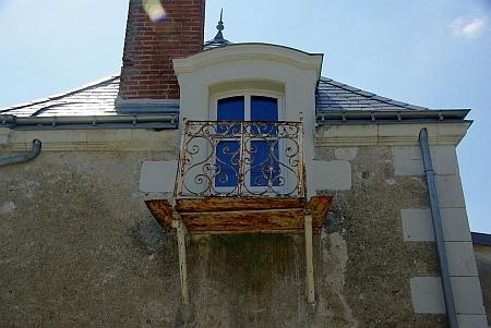 Dachgeschossfenster mit Balkon