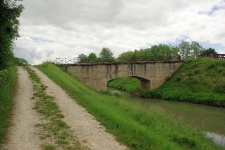 Canal lat.à la Loire Kanalstrecke
